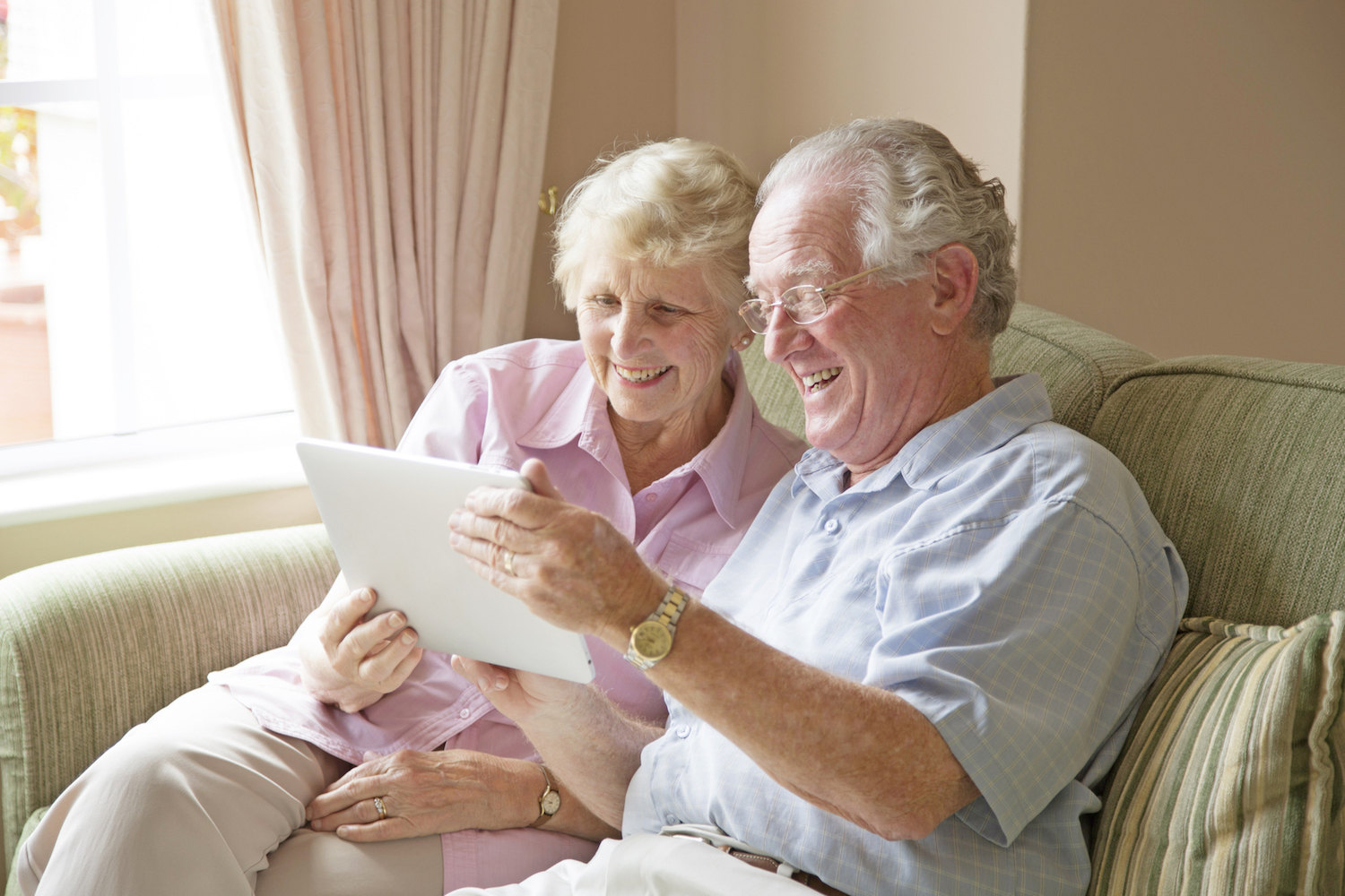 Looking For A Newest Mature Online Dating Services